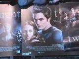 Twilight premiere fans scream for Robert Pattinson