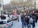 Uzes, le blocus, +de 250 lycéens devant Guynemer