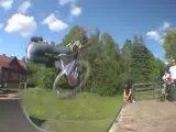 bike-stunt-freestyle-bmx-crash