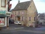 Saint-Sauves: Le Bourg