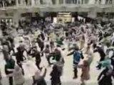 -street marketing-T mobile fait danser une gare londonienne