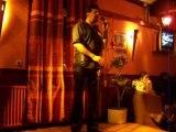 Le finaliste du concours de karaoké a Ma bicoque