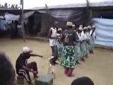 Chants et danses à Manambidala