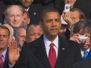 New US President Barack Obama is sworn in