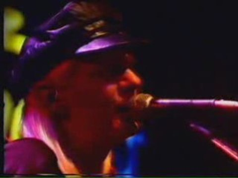 Johnny Winter - Mississippi Blues Part 1
