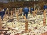 Fire-fighters battle Australian wild fires in new video