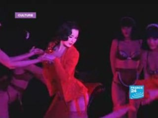 Dita Von Teese brings Burlesque revival to Paris