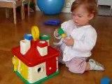 Pauline 12 mois et la maison Berchet