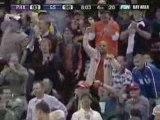 Monta Ellis poster-dunk sur Barbosa!!!