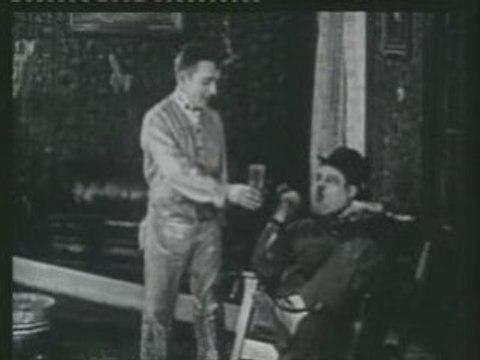 Laurel & Hardy – The Paperhanger's Helper