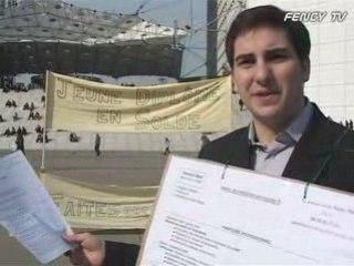 Yannick Miel, jeune diplômé en solde