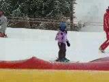 Agathe à l'école de ski (ourson) - La Plagne février 2009