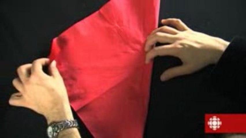 Magie - Le crayon au travers de la serviette