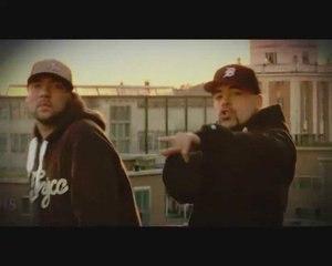 Juz Kiddin ft Akro - Mic Driver (official video)