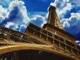 Paris au mois d'août Charles Aznavour