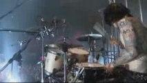 VAMPS - GLAMOROUS SKY (VAMPS LIVE 2008)
