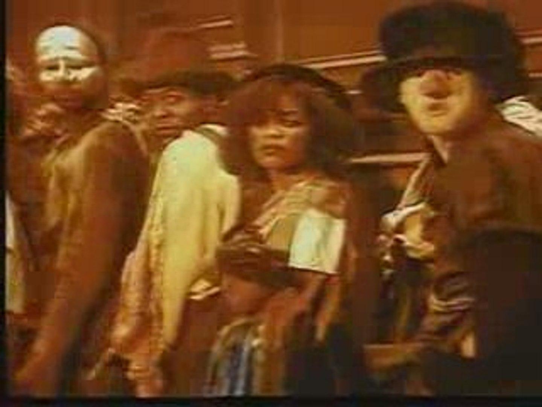 david bowie fashion 1980