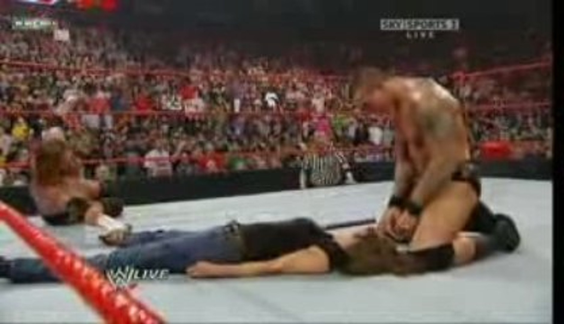 RAW Stephanie Returns and Tries To Save HHH