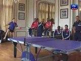 Vidéo de Yoann Gourcuff et Thierry Henry jouant au ping pong