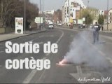 Sortie de cortège , manif Amiens 19 mars 2009