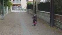 Gauthier fait du vélo 01