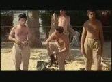 les gendarme et les nudistes