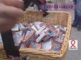 Altercations entre pro et anti préservatifs