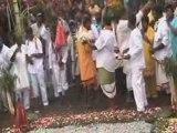 Marche sur le feu le 5 avril 2009 au Temple de la Ligne Paradis Saint-Pierre!!!