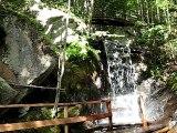 Petit Paradis avec grande chute d'eau à Mont tremblant