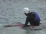 Kayak: franchir la digue de berder à marée descendante