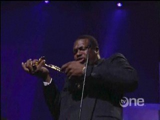 TV One: Trumpet Awards -- Chris Tucker Breaks His Award