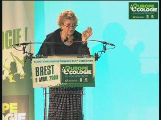 Grande leçon d'économie avec Eva Joly au meeting de Brest