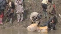 L'eau qui tue, l'eau qui sauve : une urgence humanitaire