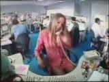 Bêtisier du bureaucrate - La secrétaire blonde et sexy