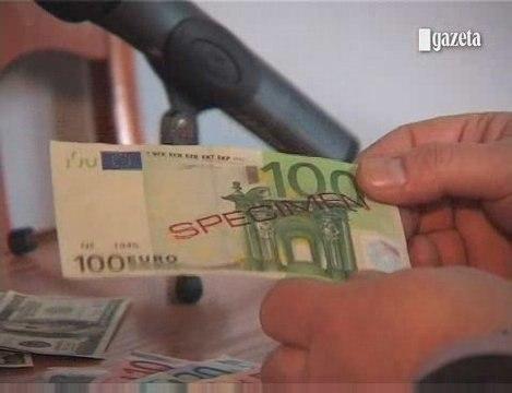 Jak odróżnić fałszywe banknoty euro od autentycznych?