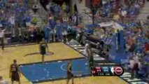 NBA Dwight Howard gets open inside and throws it down during