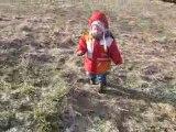 Minouchette dans la prairie