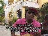 Koffi Olomidé et ses danseuses font la promo du 16 mai 2009