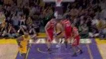 NBA Lamar Odom tosses up a nice ally-oop to Pau Gasol.