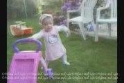Ma Bébé Lola qui danse dès que l'on met un peu de musique...