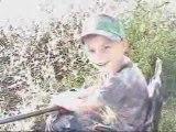 Le fils de régis apprend à chasser