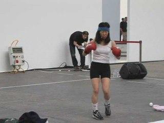 Performance de Tsuneko Taniuchi