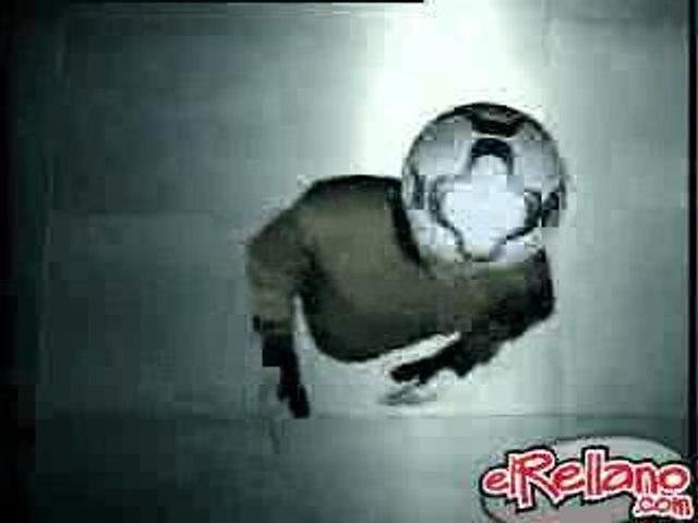 Nike Football - Soccer Tricks