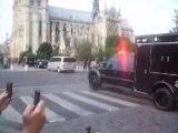 Barack Obama à Notre-Dame, arrivée du cortège.