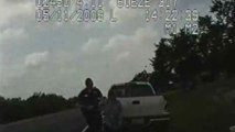 Texaanse agent geeft 72-jarige oma strromstoten met taser.