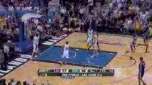Mickael Pietrus getting baseline slam By Kobe Bryant
